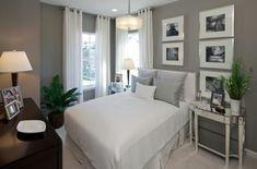 schönes-schlafzimmer-wandfarbe-grautöne - bettbezüge in weiß und schöne vorhänge