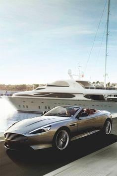 Aston Martin V8 Vantage Roadster - Stay Classy