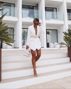 """summer evenings are my fav 🌻✨ ~blazer dress linked on highlight """"outfit links"""" Susan Thomas x Source by lorraineiljaz Dress outfits Mode Outfits, Dress Outfits, Fashion Outfits, Dresses, Blazer Outfits, Fashion Hacks, Party Outfits, Fashion Trends, Skirt Fashion"""