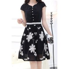 Ladylike Floral Embroidery Design Short Sleeve V-Neck Lace Splicing Knee-Length Dress For Women Pretty Dresses, Beautiful Dresses, Casual Dresses, Fashion Dresses, Embroidery Dress, Floral Embroidery, Sammy Dress, Designer Dresses, Embroidery Designs