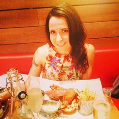 Long awaited happy birthday Stephanie blog post. www.thelondonthing.com/social #burgerandlobster #thecity #thelondonthing #friends #birthday #celebration