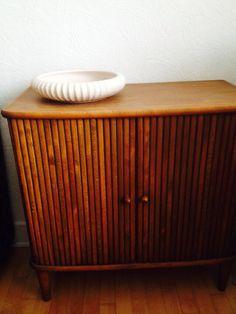 L. Hjorth keramikfad på jalousiskab købt for 100,- kr på loppemarked og sat i stand af snedkerlærking