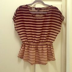 Forever 21 blouse Forever 21 blouse size S worn a few times Forever 21 Tops Blouses