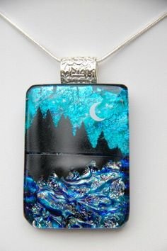 Glass pendant with enamel picture, by Ninas GlassDesign.
