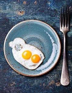 breakfast with two eggs