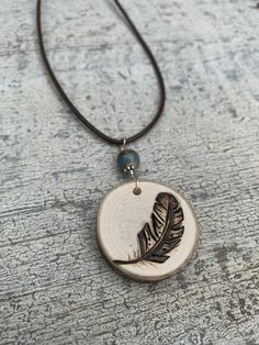 Expanding my wood burned necklace collection. Woodburning is a unique art form t… – Wood Burning Pattern Wood Burning Crafts, Wood Burning Patterns, Wood Burning Art, Wood Necklace, Diy Necklace, Pendant Jewelry, Jewelry Art, Wood Burning Techniques, Wood Burn Designs