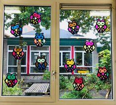 Vrolijke uilen voor op het raam | Juf Joycella
