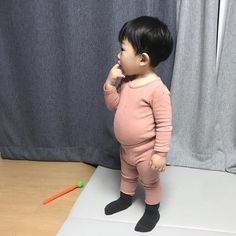Cute Asian Babies, Korean Babies, Asian Kids, Cute Babies, Cute Baby Boy, Cute Little Baby, Cute Kids, Little Boys, Baby Pictures