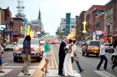 wedding photo- downtown Nashville This would be so cute with the wedding party crossing the street behind us!