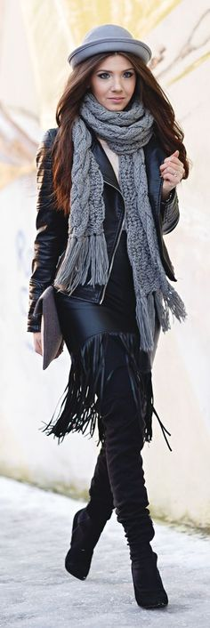 Grey Chunky Cable Knit Scarf | Street Fashion