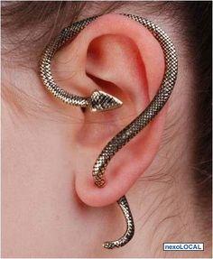 ¿Arriesgada y diferente? Con estos aretes de serpiente le daras a tu outfit ese toque de irreverencia que lo hará destacar