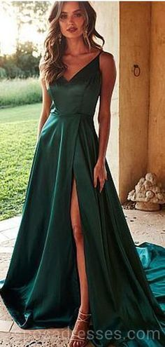 Simple Sexy High Side Slit Long Prom Dress Fahion Long School Dance Dresses Custom Made Long Evening Gowns V Neck Prom Dresses, Grad Dresses, Cheap Prom Dresses, Prom Party Dresses, Dance Dresses, Strapless Dress Formal, Bridesmaid Dresses, Emerald Prom Dress, Emerald Green Dress Long