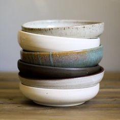 recent Absolutely Free cool Ceramics bowls Ideas Mayware Ceramics pasta bowl Most recent Absolutely Free cool Ceramics bowls Ideas Mayware Ceramics pasta bowl Pottery carves a sgraffito bear mug. wonderful little cups 12 Pasta Bowls Set Pottery Plates, Ceramic Plates, Ceramic Pottery, Slab Pottery, Pottery Vase, Porcelain Ceramic, Stoneware Dinnerware, Vintage Dinnerware, Keramik Design