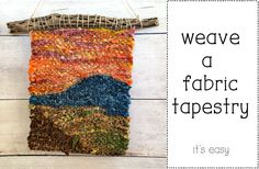Tapestry Weaving with Fabric Strips - The Creativity Patch Weaving Projects, Weaving Art, Loom Weaving, Hand Weaving, Textile Tapestry, Tapestry Weaving, Woven Rug, Woven Fabric, Spinning Wool