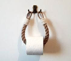 The toilet paper holder consists of natural jute rope and a bathroomd .The toilet paper holder consists of natural jute rope and a bathroomdecoration - winter recipesAnchor hook - buy the lookAnchor hooks - buy Nautical Bathroom Decor, Rope Crafts, Yarn Crafts, Nautical Rope, Eco Friendly Fashion, Cotton Rope, Bathroom Styling, Decoration, Etsy