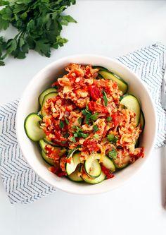 Crock Pot Cauliflower Bolognese | 21 Vegetarian Dump Dinners For The Crock Pot