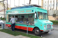 THIS IS AN IDEA TO CONSIDER: How Much Does a Food Truck Cost?