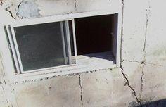 Je pense que si des fissures apparaissent dans la fondation d'une maison, il faut les prendre en charge rapidement. Sinon ces dernières pourraient se multiplier. Les estimations pour ce genre de problème sont généralement gratuites. Maria Perin
