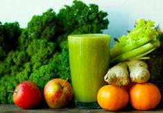 Un fantastico Green Juice invernale. Diuretico, stimolante e tonico, previene il cancro combattendo i radicali liberi. #crudismo #ricettecrudiste #vegan #greenjuice #succoverde