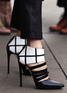 Balenciaga B high heels, a statement piece for sure. #balenciaga #statementpieces #femmefatale