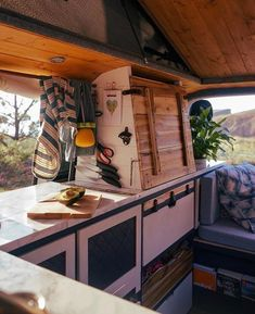 Great Photo of Creative Van Life Kitchen Setups. Creative Van Ife Kitchen Setups Vanlife Office Inspiration Work On The Road Ideas For Digital Nomads Chuck Box, Bus House, Tiny House, Do It Yourself Camper, Kombi Home, Van Home, Life Kitchen, Kitchen Office, Kitchen Ideas