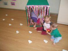 """CEI IVETE SPÉZIA SCHMITT: PROJETO: ESTIMULAÇÃO, SENSAÇÕES E MUITA DIVERSÃO NO B II """"A"""" Baby Sensory Play, Baby Play, Baby Toys, Toddler Learning, Toddler Preschool, Preschool Crafts, Montessori Activities, Infant Activities, Infant Classroom"""