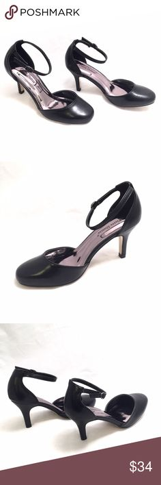 Pierre Dumas Black D'orsay Pump Sleek d'orsay style pumps with ankle straps. 3' Heels. Medium width and true to size Pierre Dumas Shoes Heels