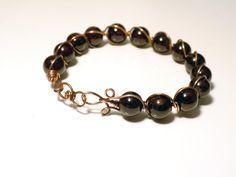 OOAK bangle wire bracelet with burgundy red Garnet gemstones, antiqued copper wire, Base Chakra, January birthstone, Aquarius Zodiac stone by DharmaArtDesign on Etsy