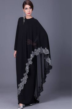 The Stylish and Elegent Abaya In Black Colour Looks Stunnings and Gorgeous With Trendy and Fashionable French Crepe and Georgette Fabric. This is a completley customisable product after placing the or. Abaya Fashion, Muslim Fashion, Fashion Outfits, Fashion Fashion, Abaya Designs, Indian Designer Outfits, Designer Dresses, Abaya Mode, Hijab Stile