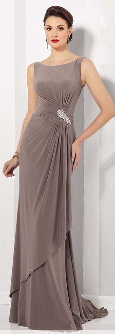42a8a70709245 note. color tortora- argento  rossetto rosso Abiti Eleganti