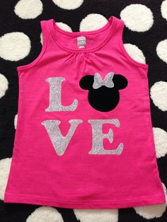Disney shirt idea! Love with Minnie or Mickey head! Used my silhouette cameo to cut it out on Tulip glitter iron-on transfer sheets. Original pin by japayne22 Check out the etsy shop: www.ets