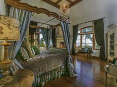 chanteau sur mer mansion bedroom - Google Search