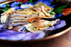 I love all kinds of pasta, but there's something about good ravioli that really makes my heart go pitter-pat. I love the flat area of pasta around the filling itself, and I love it when the f… Pumpkin Ravioli, Pumpkin Puree, Pasta Recipes, Cooking Recipes, Meatless Recipes, Veggie Meals, Vegetarian Cooking, Vegan Food, Toasted Ravioli