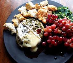 Need a gorgeous Christmas curtain-raiser? Try my jewel-bright starter, which combines hot oozing Camembert with sharp-sweet grapes lightly p. Wine And Cheese Party, Wine Cheese, Tostadas, Light Recipes, My Recipes, Recipies, Fresco, Vine Leaves, Appetizer Dips