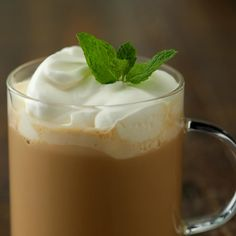 Start a new St. Paddy's tradition with Roe & Co. Blended Irish Whiskey and this mint latte! Start a new St. Paddy's tradition with Roe & Co. Blended Irish Whiskey and this mint latte! Yummy Drinks, Yummy Food, Latte, Jameson Irish Whiskey, Sour Cocktail, Cooking Recipes, Healthy Recipes, Irish Cream, Smoothie Drinks