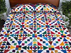King Colorful Faceted Jewels Quilt