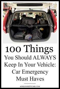 We all love a good road trip. But being prepared is the key to make it successful. Here's our ultimate list of car emergency kit must-haves for your trip. life hacks cleanses life hacks ideas life hacks mini life hacks road trips life hacks tips Emergency Backpack, Emergency Go Bag, Emergency Binder, Emergency Preparation, Emergency Supplies, Emergency Water, Family Emergency, Emergency Food, Car Survival Kits