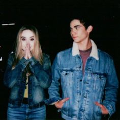 Sabrina wrote about Cameron and how she feels with that 😪❤ Cameron Boyce, Sabrina Carpenter, Karan Brar, Dove Cameron Style, Emperors New Groove, Disney Channel Stars, Lizzie Mcguire, Cute Actors, Girl Meets World