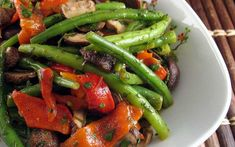 Green Bean Salads, Green Beans, Roasted Red Peppers, Fodmap, Lasagna, Salad Recipes, Bbq, Stuffed Peppers, Vegetables