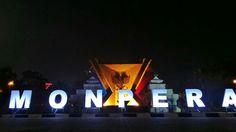 Monpera kalo malem cak ini min.. hahaha palembangtweet #palembang pic.twitter.com/0cQNuNFgid Palembang, Broadway Shows, Neon Signs, Street, Walkway