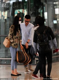 China Fashion Bags Shoes Dress And Eyeglass