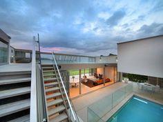 Indoor/outdoor deck