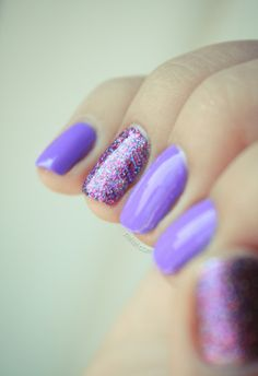 This is so pretty. It would look cute if u had a prom dress or a homecoming dress in this purple color