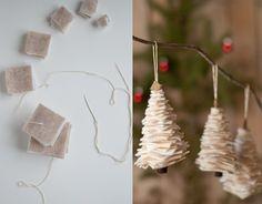 Confira dicas rápidas para deixar o seu Natal mais bonito! Christmas Decorations Diy For Kids, Christmas Tree Crafts, Felt Christmas Ornaments, Simple Christmas, Holiday Crafts, Crafts For Seniors, Crafts For Teens, Bauble Wreath, 242