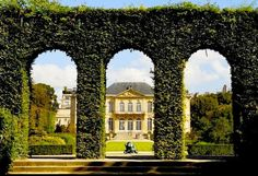 Garden Gate - Rodin Museum, one of the best places in Paris