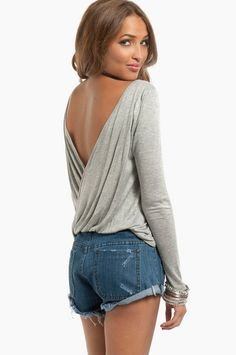 """grey size small...HINT FOR THIS WEBSITE=create an account and """"like"""" their page on facebook for 50% off the whole order using the same email address you use for your facebook"""