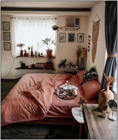 Modern Bohemian Bedroom Decor Ideas - Bohemian Home Bedroom Small Room Bedroom, Home Bedroom, Bed Room, Small Rooms, Girls Bedroom, Modern Bedroom, Ikea Bedroom, Bedroom Furniture, Master Bedroom