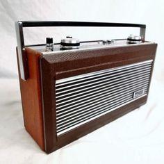 1980s Roberts R900 Teak and Leather Radio