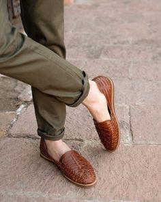Loafer Shoes, Loafers Men, Men's Shoes, Shoes Men, Ethical Fashion, Men Fashion, Fashion Guide, Sandals Outfit, Men Sandals