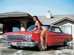 Cheap Gas Map - Gasoline Crisis! http://cheap-gas-blog.blogspot.com/ Car show model girls and a map to find the cheapest gas.